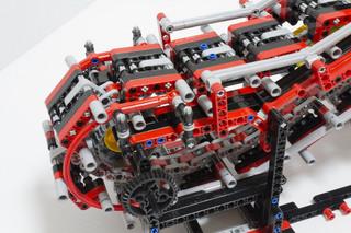 018_MotorizedEscalator2_08.jpg
