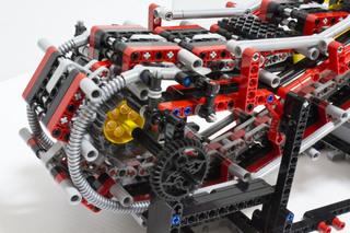 018_MotorizedEscalator2_34.jpg